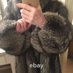 Vintage Luxurious Silver Fox Fur 3/4 Coat Hardly Worn Length 31 in