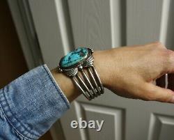 Bracelet À Manchette Turquoise En Argent D'argent D'amérique D'origine Autochtone De Grand Cru