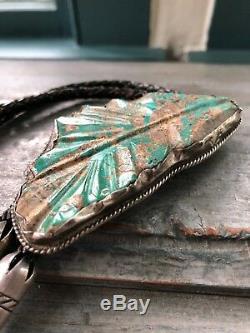 Grand Vintage Leekya Deyuse Zuni Sculpté Turquoise Feuille, En Argent Sterling Bolo Tie
