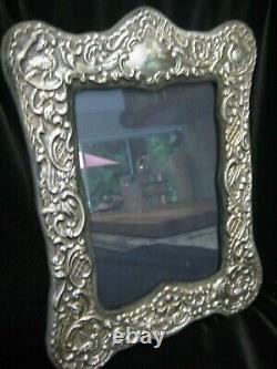 Grand Vintage Ornate Hallmarked Kfl Sterling Silver Reprosse Photo Frame 9x12