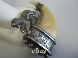 Grande Griffe Victorienne Antique De Griffe D'argent Avec Un Chat Sauvage Et Oeil De Rubis