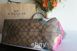 T.n.-o. Entraîneur C5785 City Tote In Signature Canvas With Vintage Rose Print 378 $
