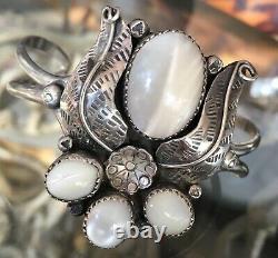 Vintage Début Des Années 70 Navajo Silver Mother Of Pearl Large Alex Begay Bracelet Manchette
